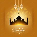 سیلوئت مسجد در افق نوری روشن